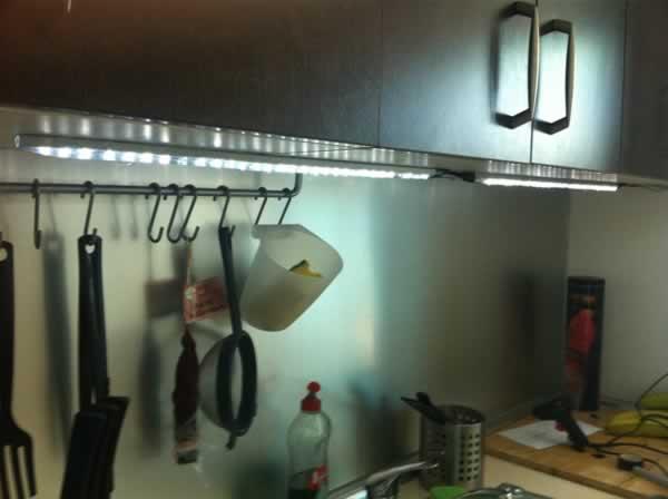 eclairage led cuisine - diy leds - l'actu diy leds du web - Eclairage Led Plan De Travail Cuisine
